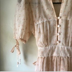 Prairie Core Vintage Dress